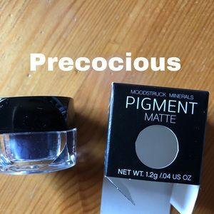 Moodstruck Eye Pigment